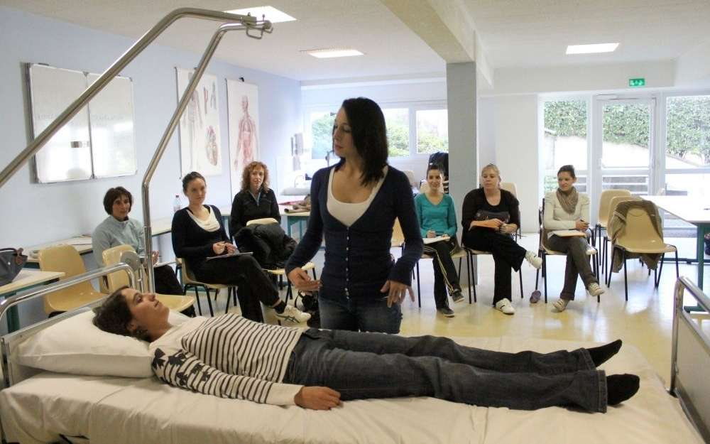 formation aide soignante 42