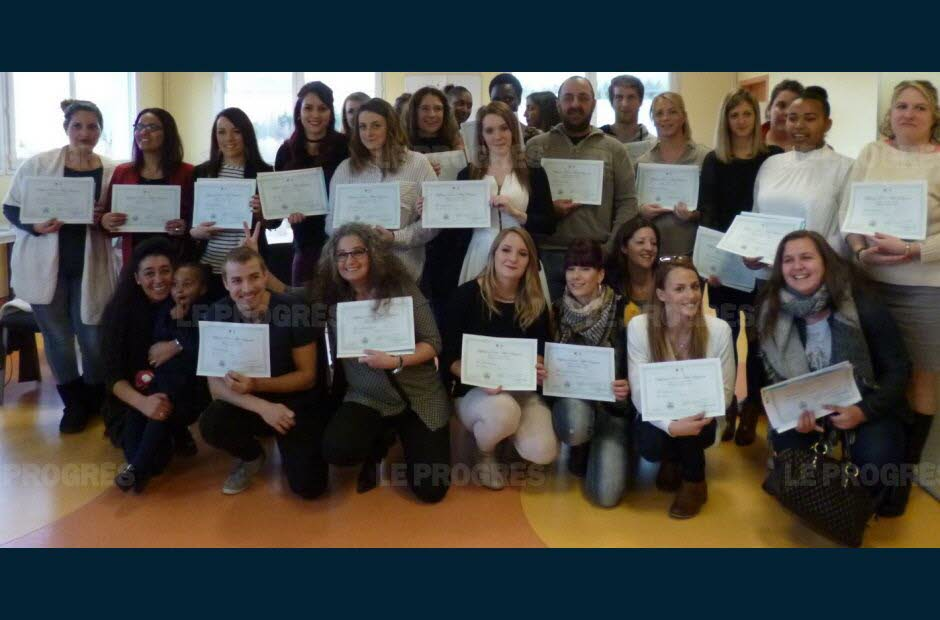 formation aide soignante roanne