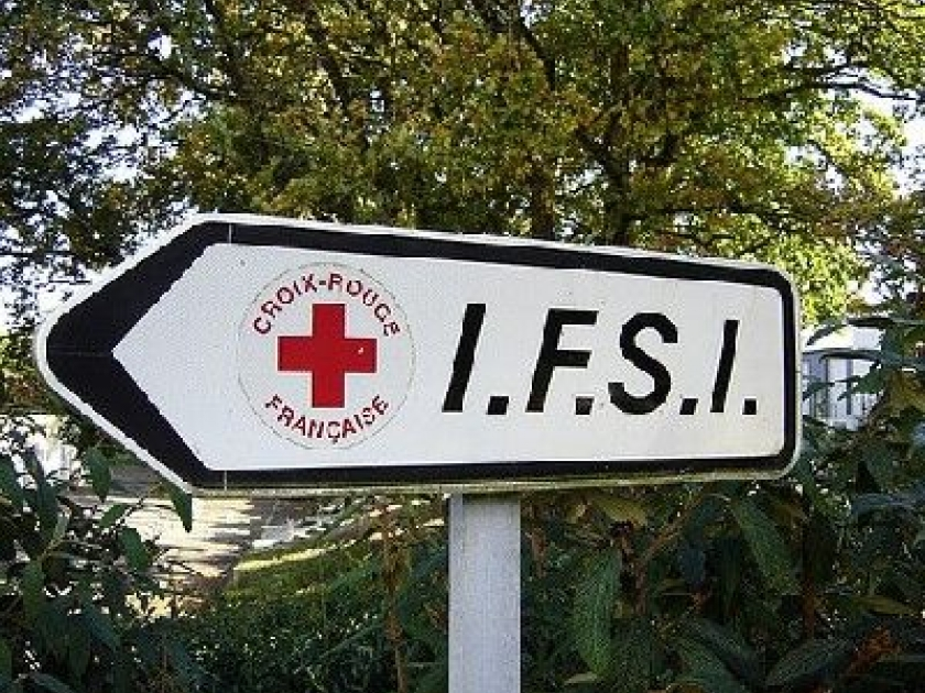 formation infirmiere apres 30 ans