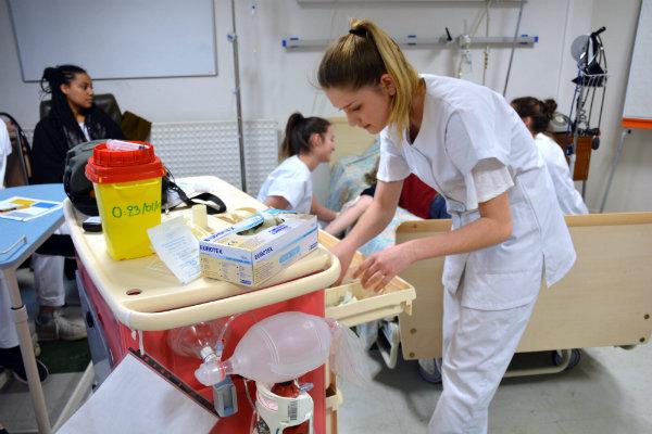 formation aide soignante interne